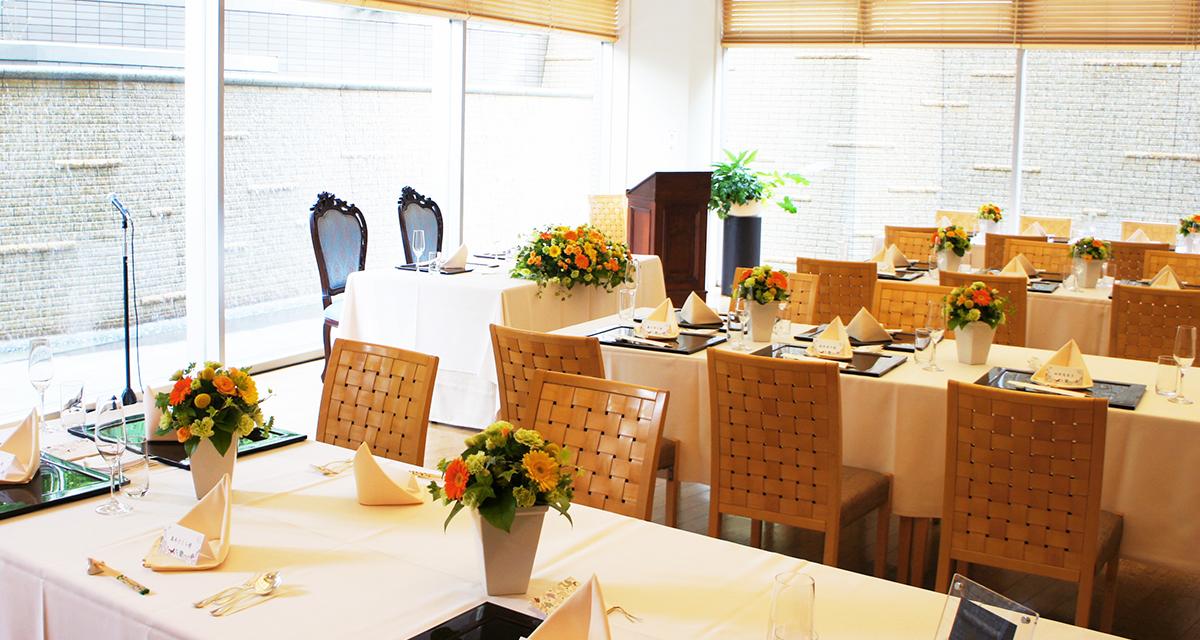 563203ec9 和婚レストランウェディング神前挙式と和装のご衣裳、ホテル館内の割烹レストラン貸切がお得な料金でパックになった「和」のご婚礼プランです。